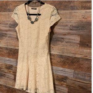 Annianna Lace Dress